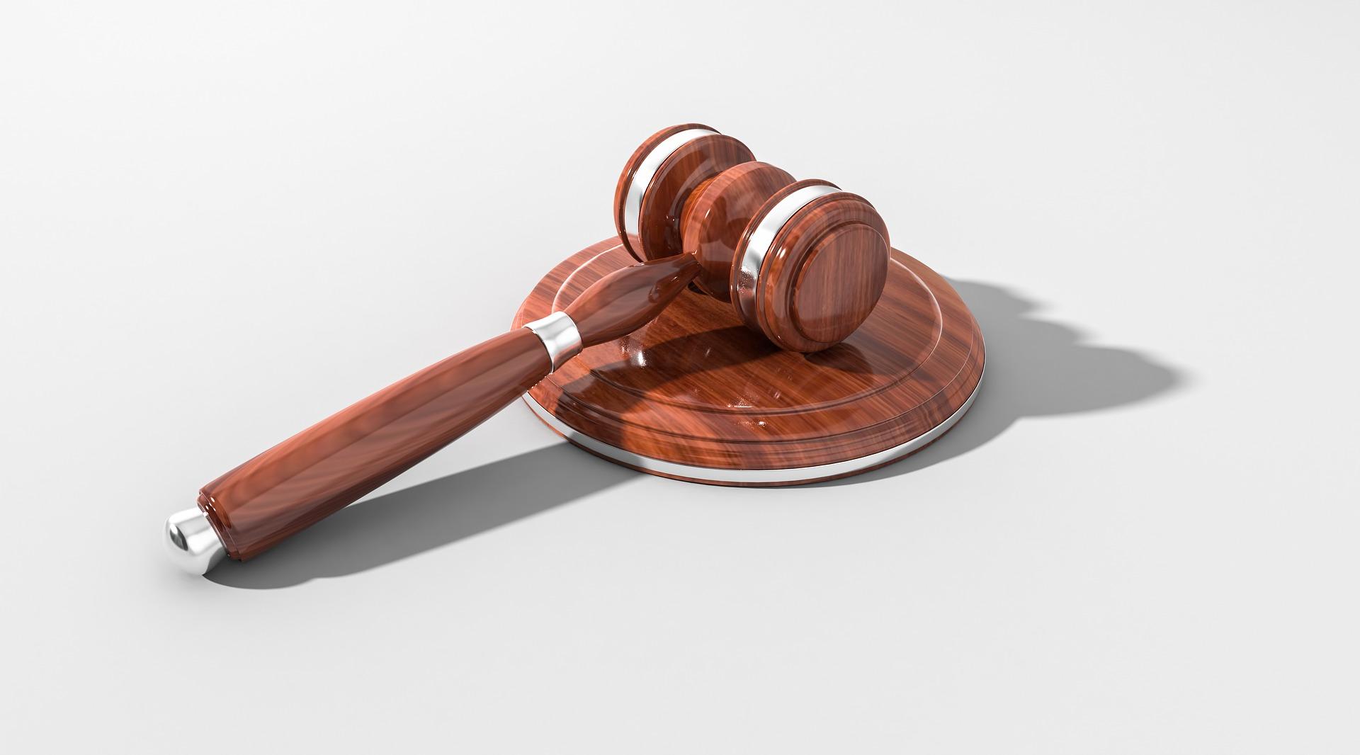 裁判離婚の流れとメリット・デメリット!和解離婚という判決もあります